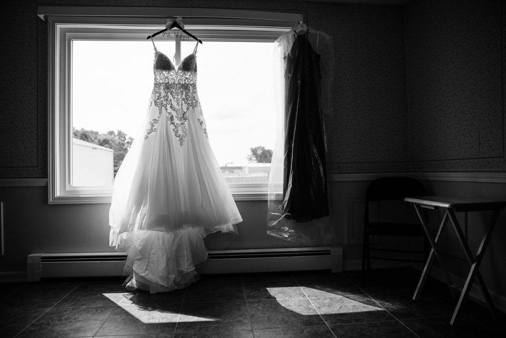 Chase and Chelsea wedding blog photography grant beachy elkhart south bend goshen -002.jpg