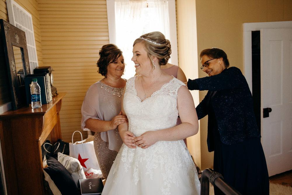 farmhouse weddings goshen photography grant beachy south bend elkhart -014.jpg