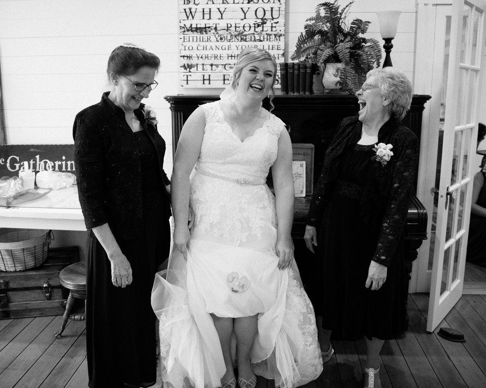farmhouse weddings goshen photography grant beachy south bend elkhart -049.jpg