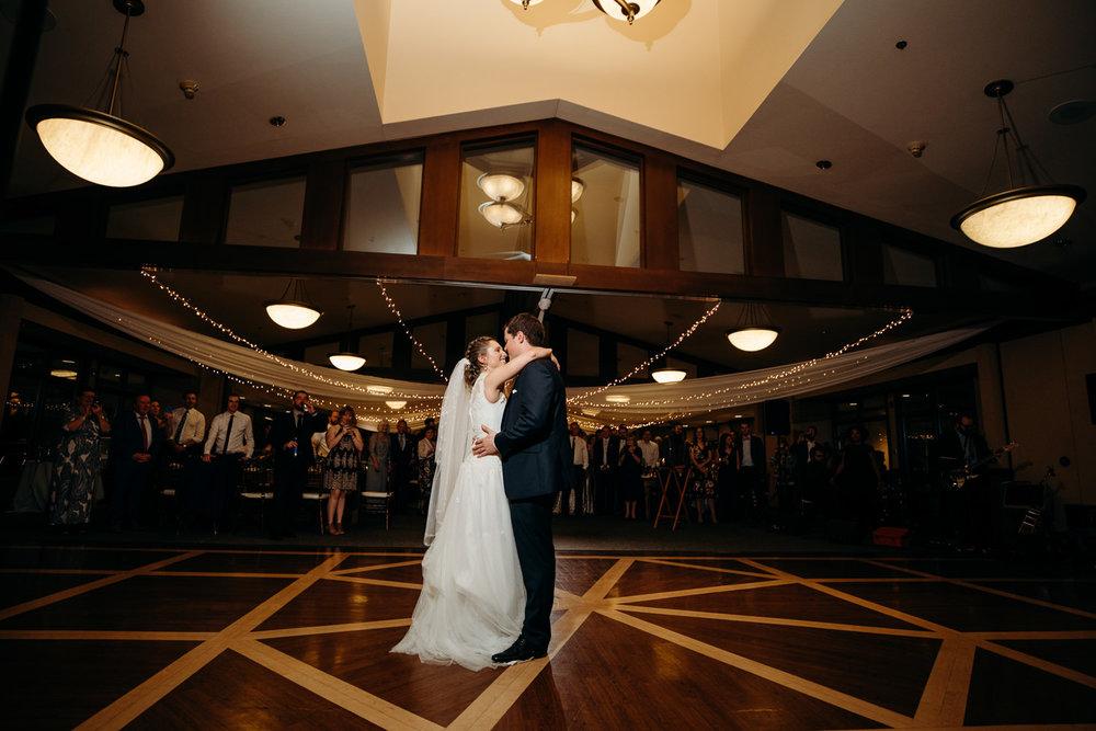 Grant Beachy wedding photographer goshen elkhart south bend warsaw-047.jpg