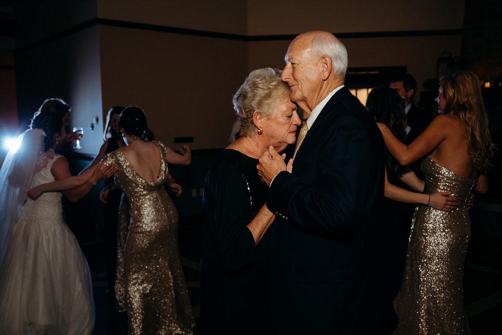 Grant Beachy wedding photographer goshen elkhart south bend warsaw-050.jpg
