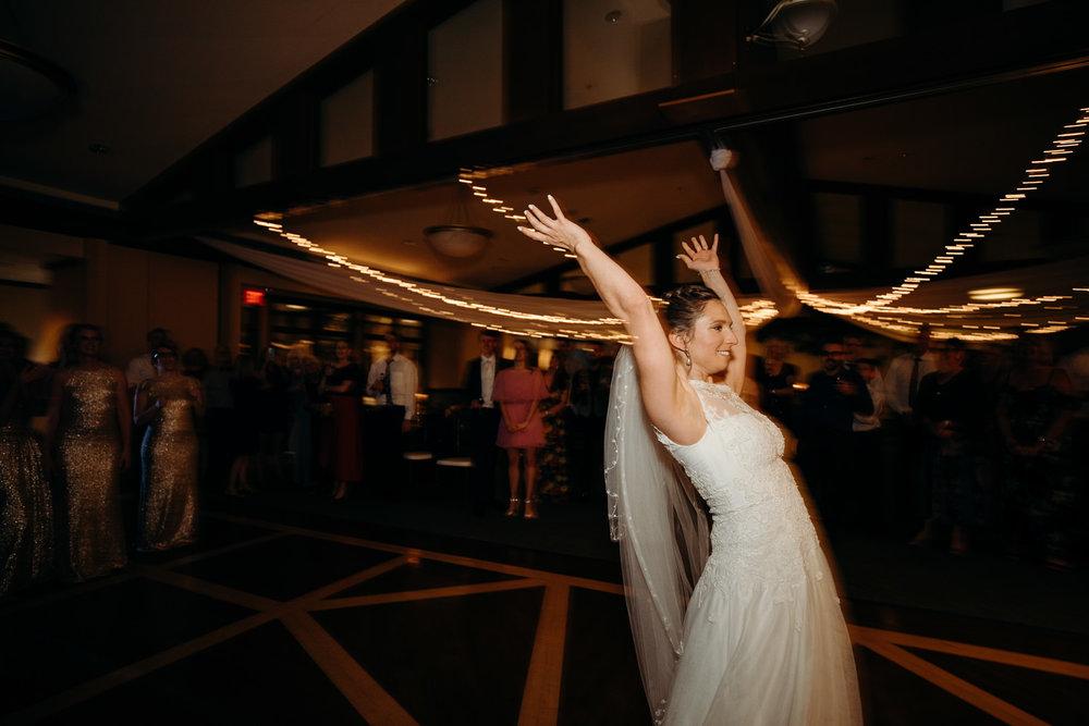 Grant Beachy wedding photographer goshen elkhart south bend warsaw-054.jpg