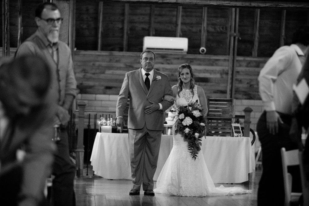 Sylvan Cellars wedding Grant Beachy goshen-2180.jpg