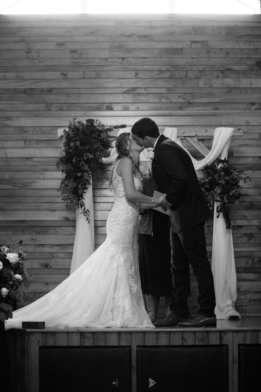 Sylvan Cellars wedding Grant Beachy goshen-2225.jpg