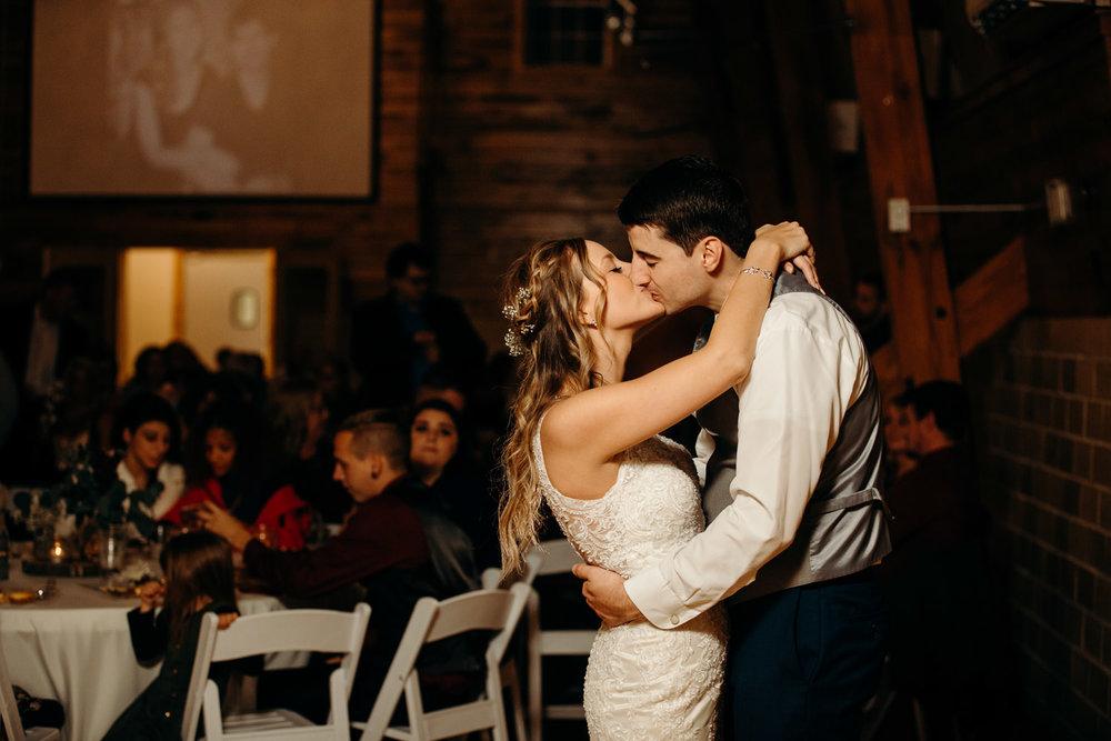 Sylvan Cellars wedding Grant Beachy goshen-2304.jpg