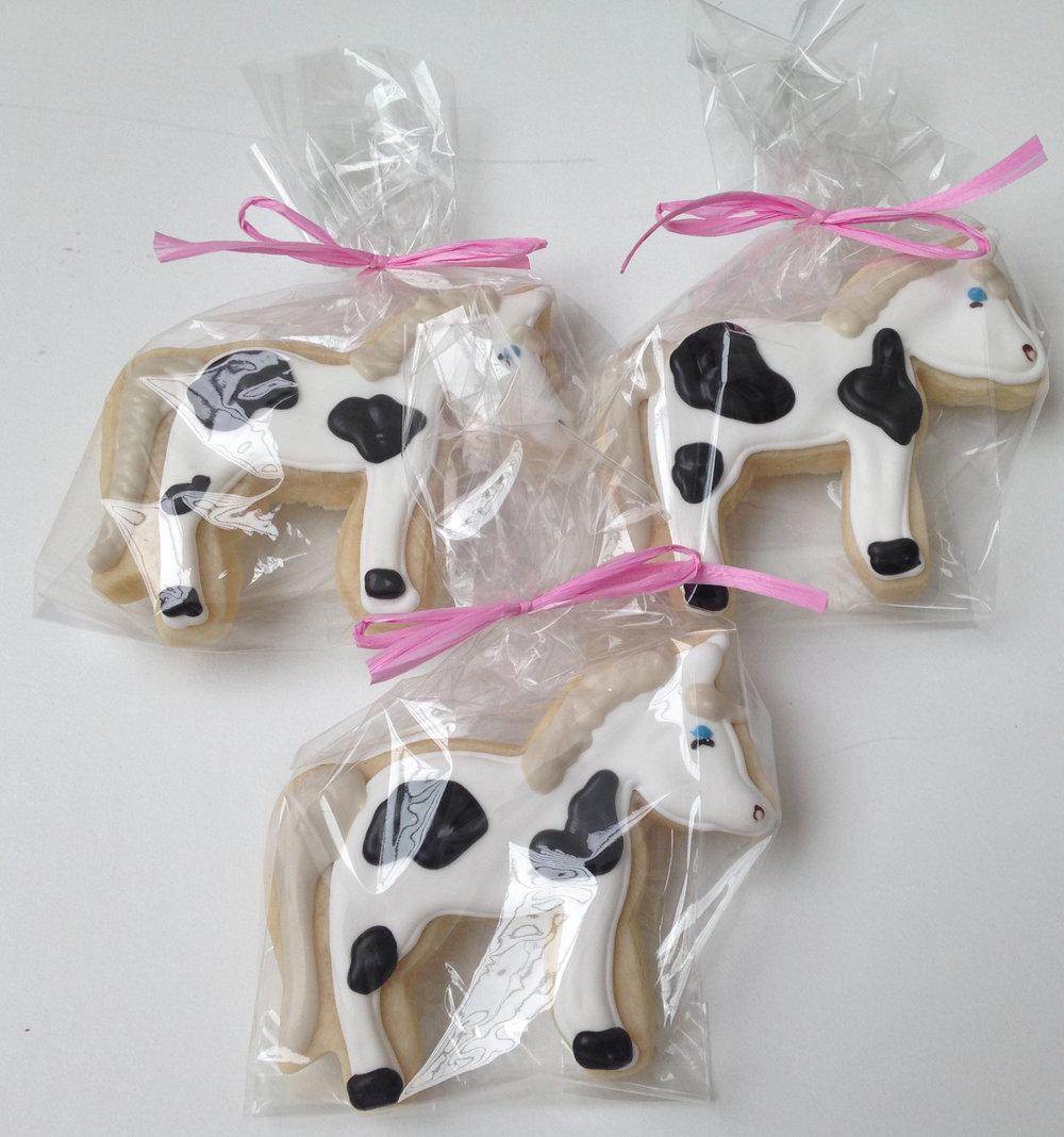 CookiesHorses.JPG
