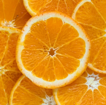 10 foods with more vitamin C than an orange via myBody+Soul