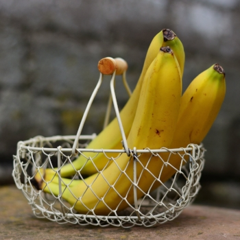 How many calories are in a banana? via myBody+Soul