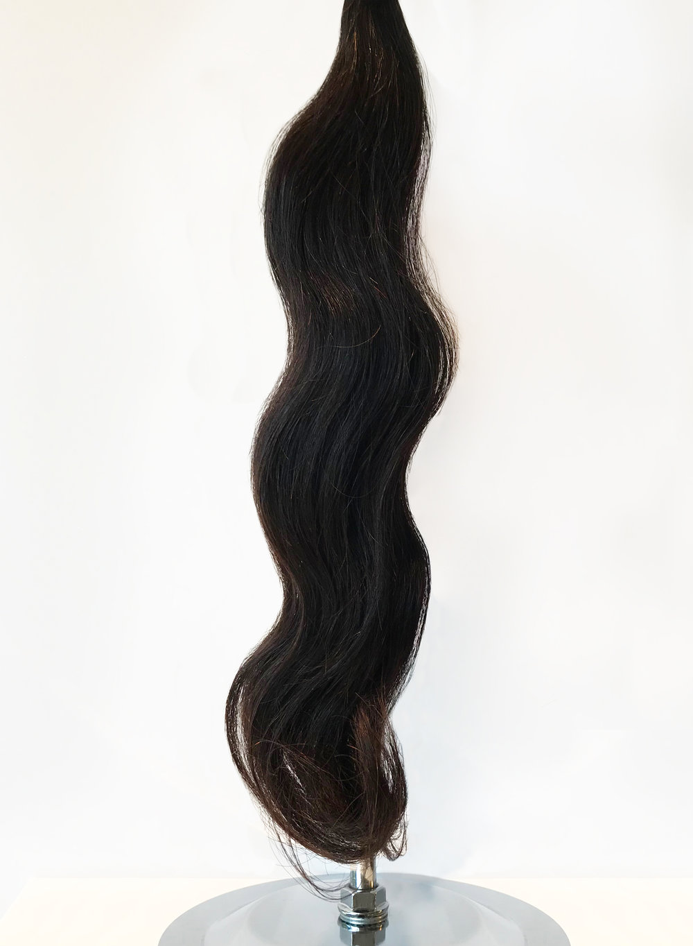 When hair goes through a steaming process, it comes out ready for you and ready for vacation! The defined s-pattern of our ocean wave hair provides amazing shine and the perfect texture for anyone wanting a little (or a lot of) wave in their life. Without the fuss of hot tools or tangling, our water wave has the fullness and body for all types of curls and waves.
