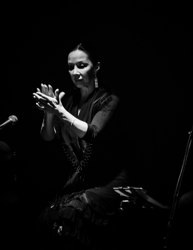 - THE FLAMENCO STUDIO585B King StreetNewtown NSW 2024Sydney AustraliaM. 0418 214 020E. diana@dianareyesflamenco.com.au