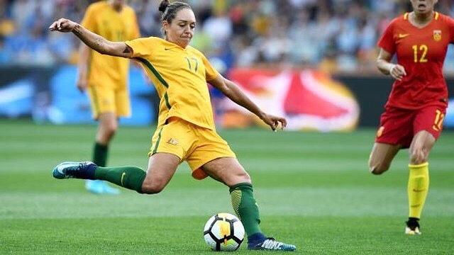 PMSO Ambassador #4 - @kyahsimon  Kyah made her international debut for @thematildas at just 16 and ever since has been smashing it on & off the field 💪  Off field Kyah coaches the next generation of superstars through her soccer clinics and is a massive supporter for getting more girls invovled in sport - a target of the Prime Ministers' Sporting Oration 👯‍♀️🕺🏽 We couldn't be prouder to have Kyah and all our ambassadors on board! : @aussportsfoundation