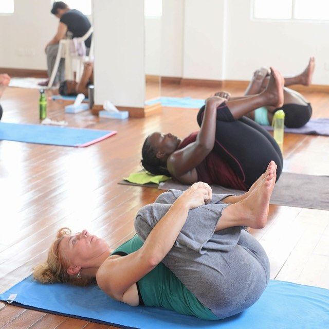 Have you given yourself a hug today?  The Pavanamuktasana or Wind relieving pose massages the organs of the abdomen which aids in digestion,cures constipation and improves nutrient absorption. It also  strengthens and eases tension in the back as well as tones your arm and leg muscles!  Take some you time today and come to a class.  See you on the mat Yogis!  Namaste  #bikramyoganairobi #hotyogainkenya #yogalifestyle #yogaveryday #timeforme #yogaishelathy #sweatandstretch #bikramyogacommunity #gratitude #yogahugs #seeyouonthemat