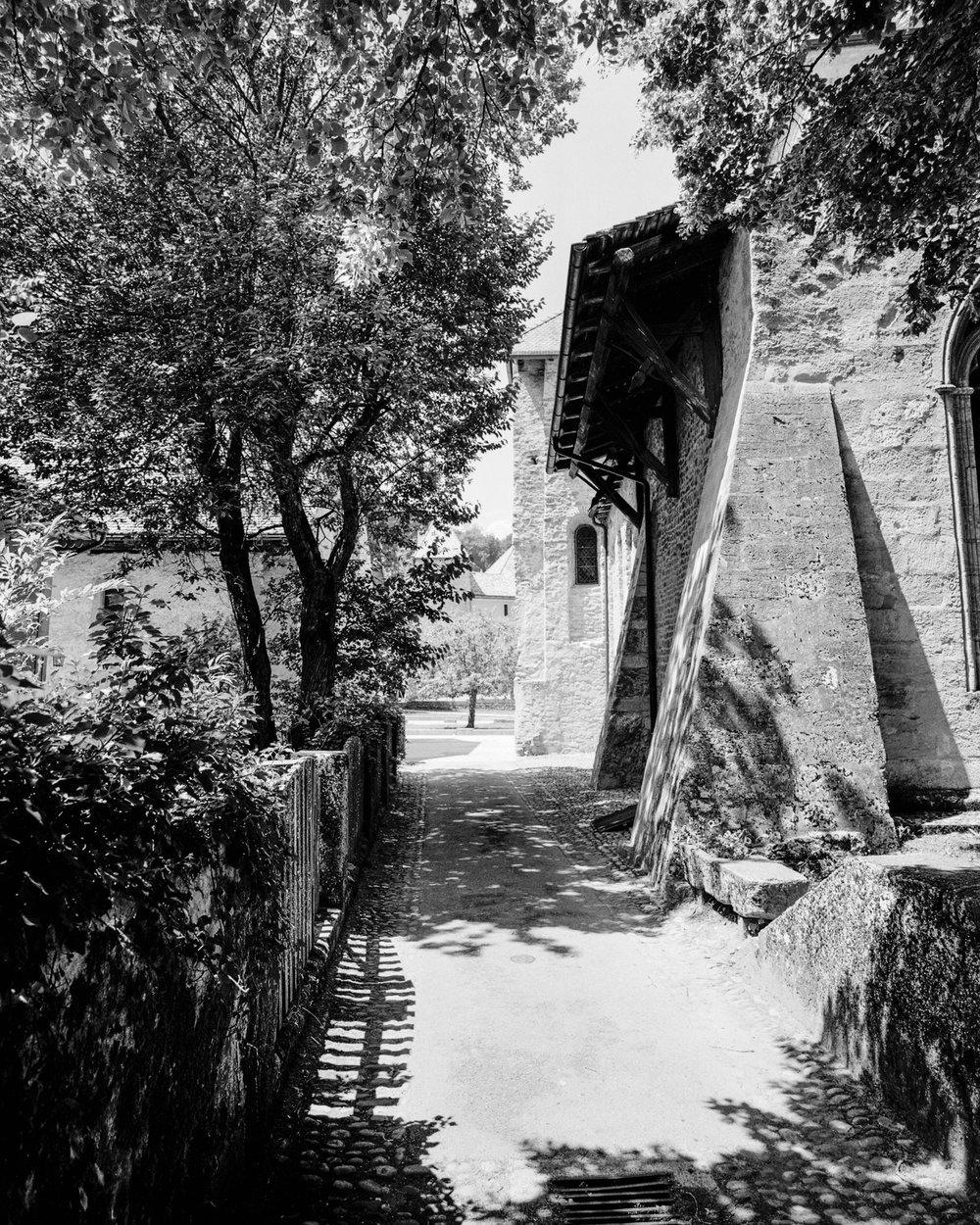 Sommertag in Romainmôtier