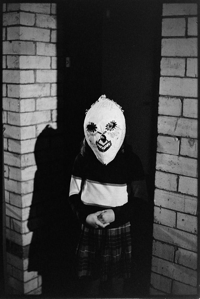 Child in mask, Torrington Fair, Torrington, 2 November 1974