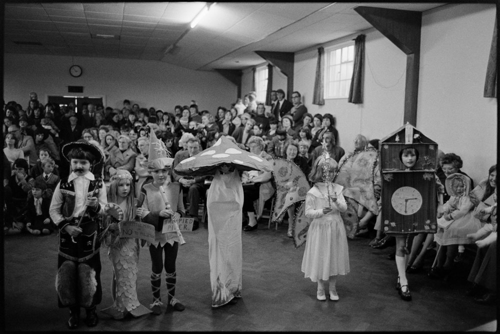 Children in fancy dress competition, Dolton, October 1975