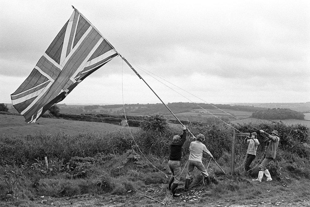 Hoisting the Jubilee flag, Harepath, South Harepath, Beaford, June 1977