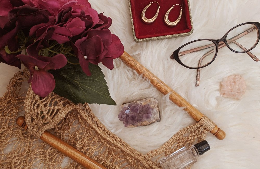 Become a Lace & Liquor Girl - Vintage jewellery, bags and scarves, based in Manchester, UK. Find out about us.