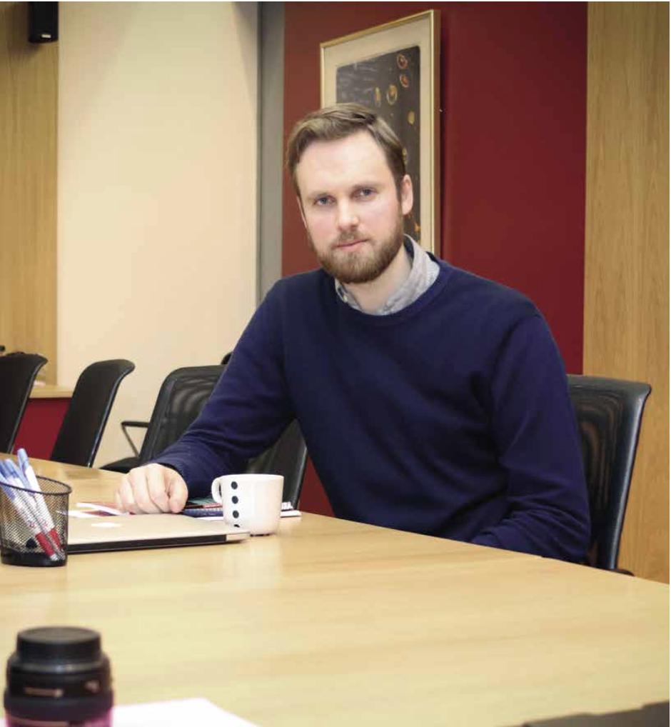 – EN FAGFORENING SOM TENKER FAGFORENING - Forsker Johan Røed Steen og forsker Kristine Nergaard i Fafo har jobbet med å finne ut hva NTLs tillitsvalgte egentlig mener om sin egen organisasjon.