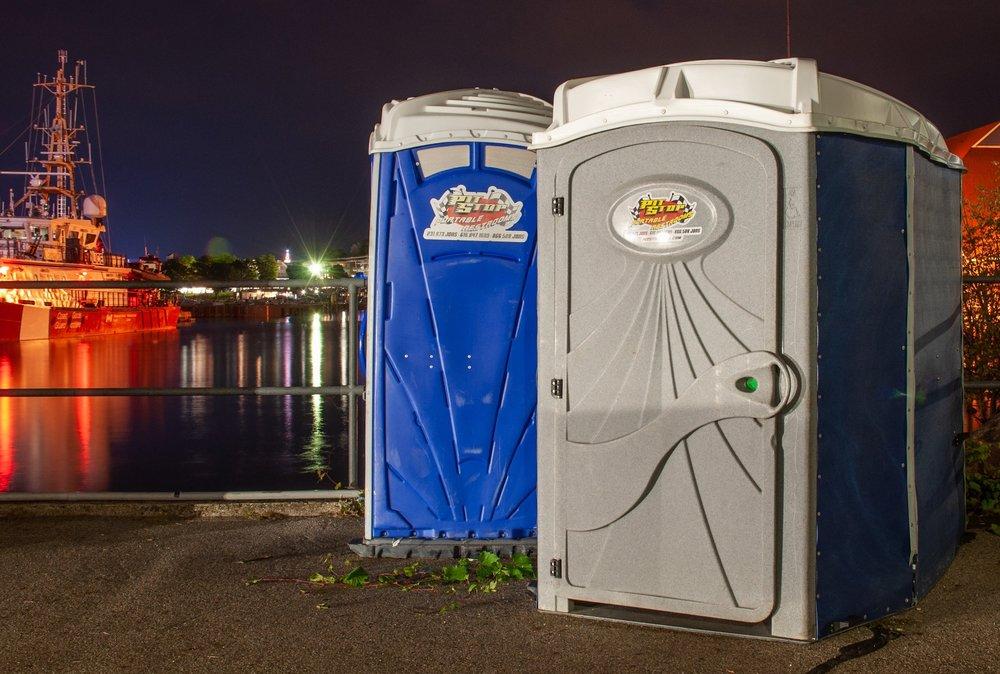 Handicap portable toilets, ADA approved portable toilets, handicap portable toilet rentals