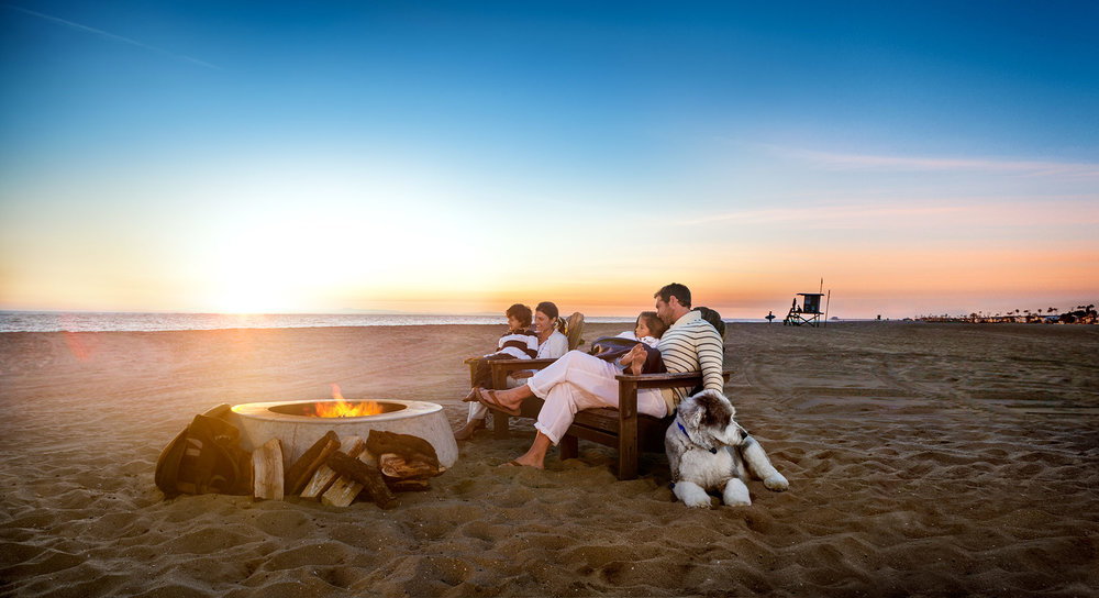 CALIFORNIA.FAMILY.BEACH.jpg