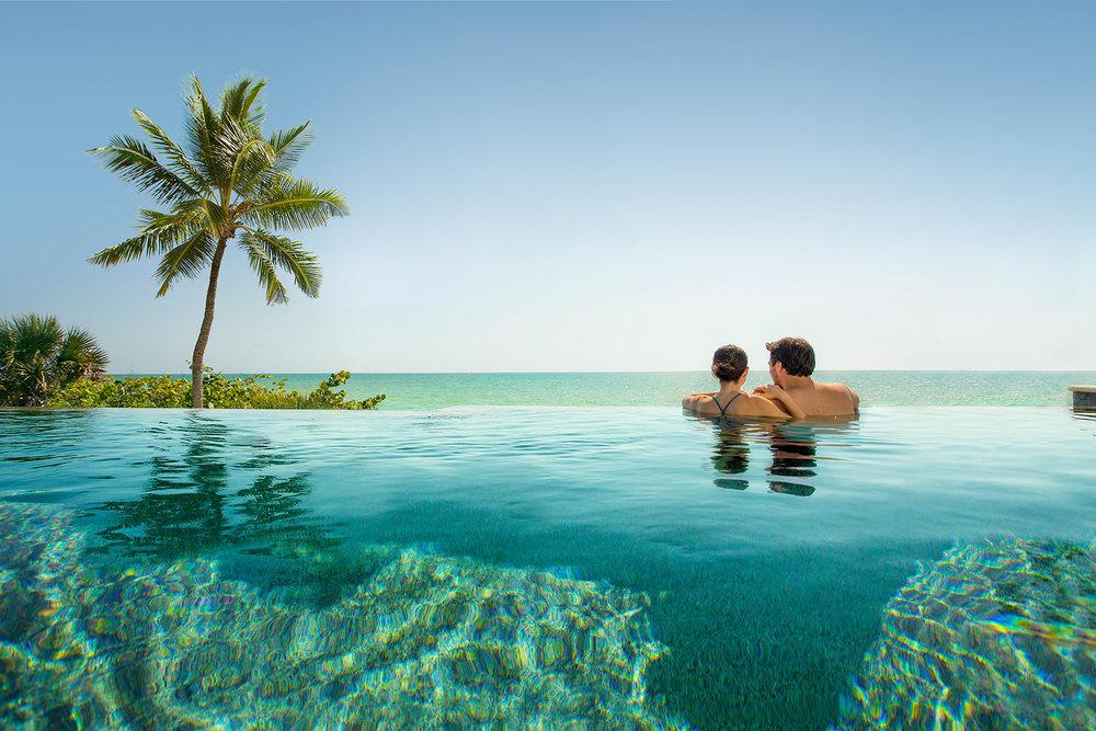 COUPLES.TOURISM.jpg