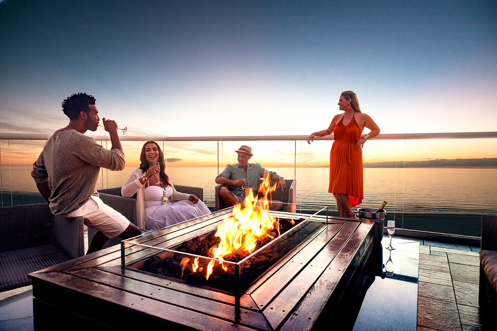 COUPLES.FIRE.BEACH.BALCONY.PARTY.jpg
