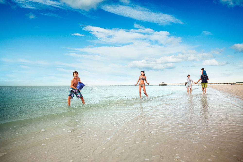 FtMyers_Beach1872_r1flatweb.jpg