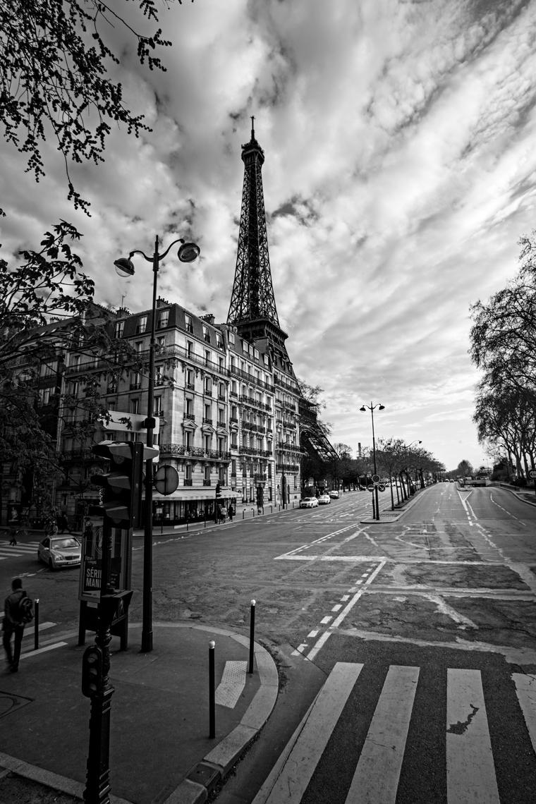 PARIS.BLACKANDWHITE.jpg