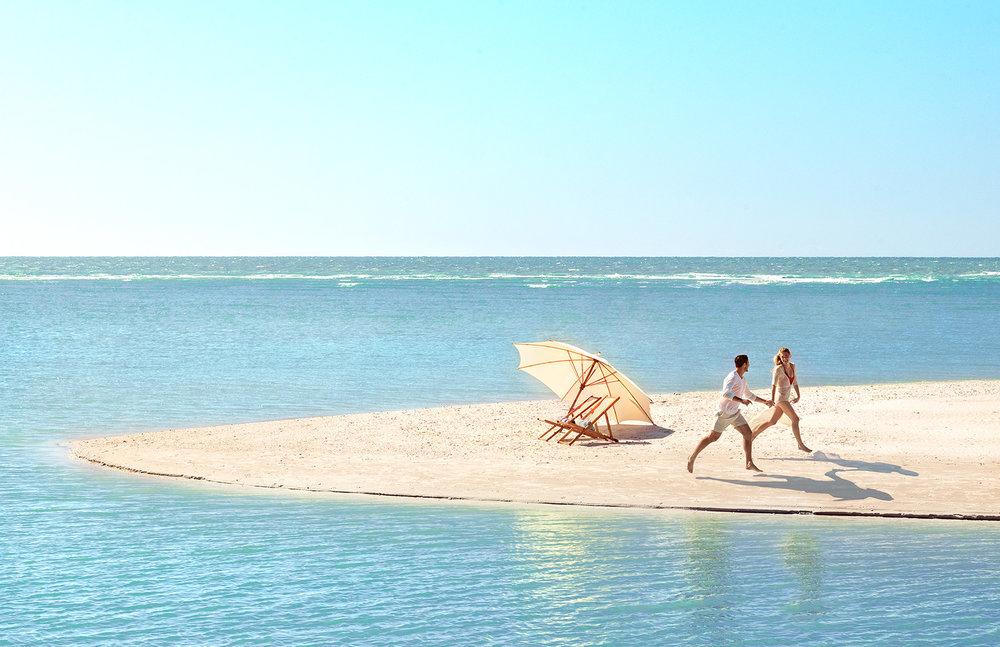 03_BeachWalking_Day1_Caucasian_Mil_05078-1c3.jpg