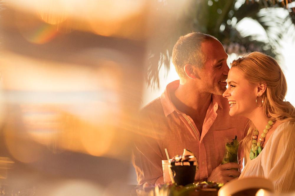 35_TikiBar_Caucasian_Couple_Day4_20277-1.jpg