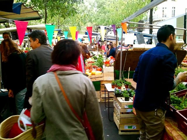 Parisian Farmers Market, Enforced Arch