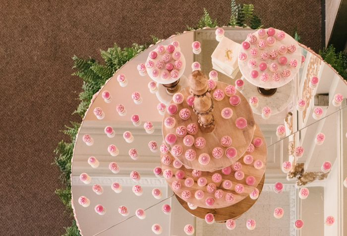 mirror tabletop, cake table with mirror top, dessert table, dessert display