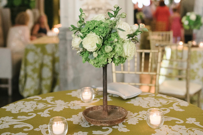 gold chiavari, green linen, linen with pattern, jacquard linen