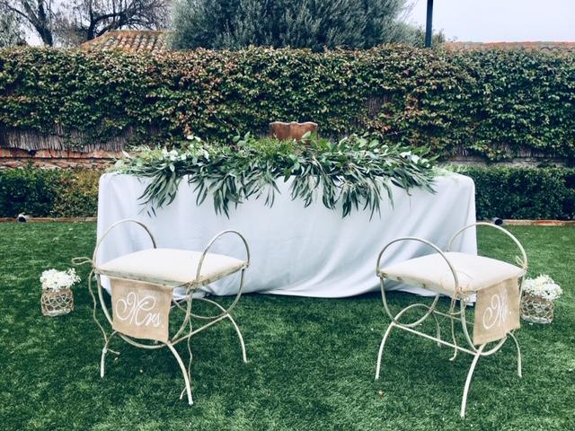 guirnalda de verdes para la ceremonia