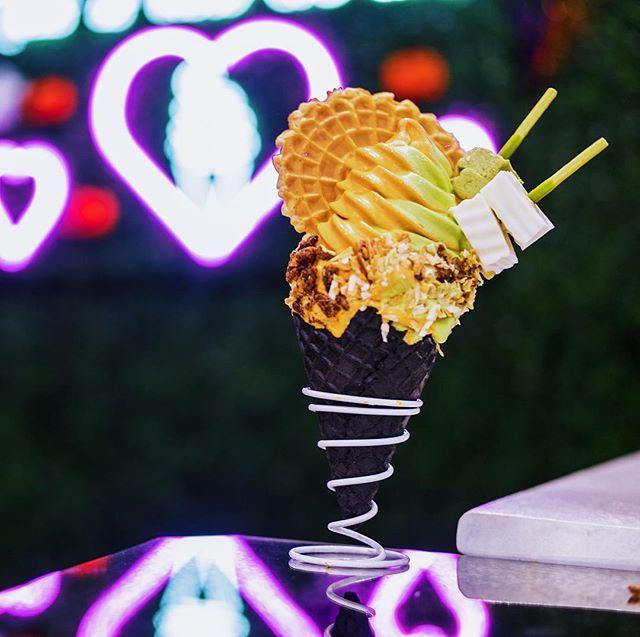 Y'all know what thai'm it is. ⠀ N  E  W  F  L  A  V  O  R  S ⠀ Thai Tea x Green Thai Tea⠀ Bangkok Night Market  #softserveicecream #softservecone #softservesociety #houstonfoodguide #houstonfoodies #houstonchinatown #dessertfeed #htxeats #houstonfood #houstoneats #icecream #htownfoodie #houstonfoodguide #softservesociety #softserved #houstoneater #dessert #instafood #foodstagram #nomnom #thaitea #thaiteasoftserve  #twistedlove