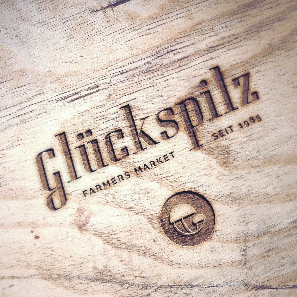 glueckspilz-engraved_wood-mockup1.jpg
