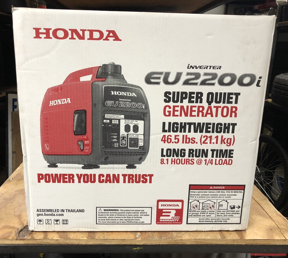 Brand New Honda EU2200i 2200 Watt 120 Volt Super Quiet Portable Inverter  Generator