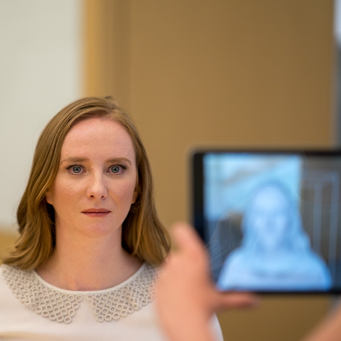 2. 3D Scan Your Patient - Specsy provides you with a 3D scanner and iPad for capturing 3D scans. The 3D scan takes 30 seconds to complete and is used to design and size your customer's custom frames.