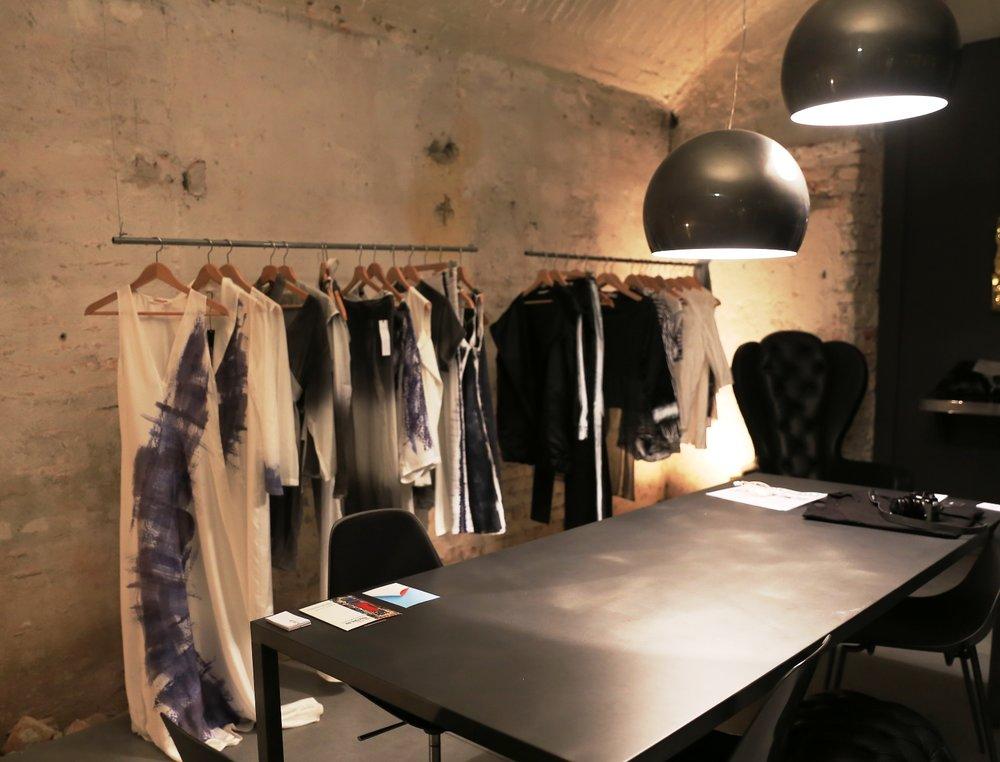 fashion stand.JPG
