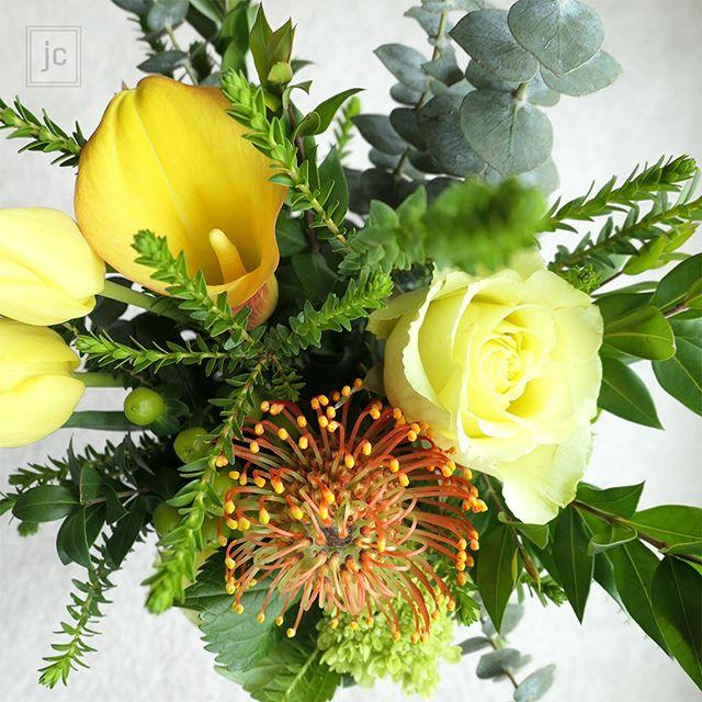 Today's inspiration :) Happy Friday! - - - - - - - #flowerphoto #flowering #flowerbouquets #flowerdecoration #plantlady #Leaf_ladies #gifttomyself #prettyflowers #PlantOfTheDay #flowersoftheday #colorfulflowers #inspiredbypetals #gardenlover #plantslover #happylifestyle #bloomandgrow #seeingthepretty #flowersmakemehappy #bouquetdefleurs #flowerfriday #flowerstagrammer #summerflowers #flowerslove #myfloraldays #fleuroftheday #instafleur #inspiredbyflowers