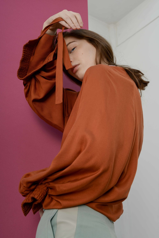 ANIKA HOPPEL SILK TOP Fashion Foundry.jpg