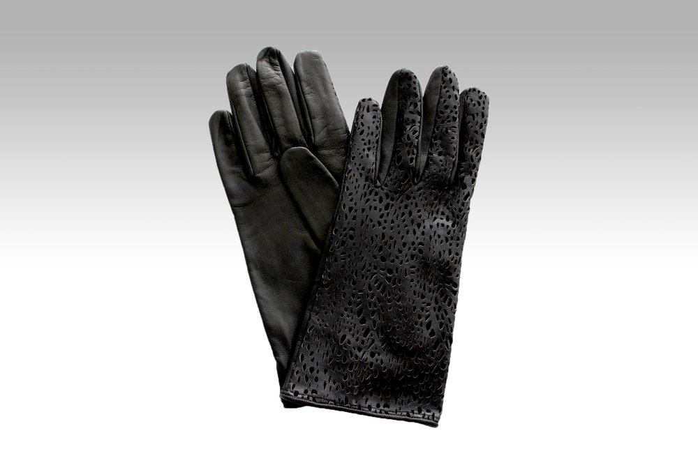 Paula Rowan Gloves Sienna1 €165 Available from www.paularowan.com and from Paula Rowan, Westbury Mall, Dublin 2.jpg