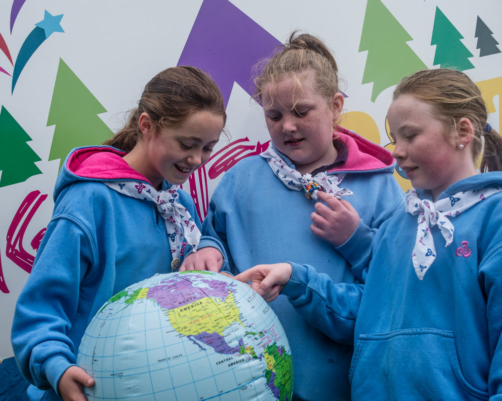 From left Cashel Guide Lauren Fitzgerald (11), Thurles Guide Ali Ahonen-Smith (12) and Cashel Guide Amy Stockil (12) -   Photographer Pat McCoole