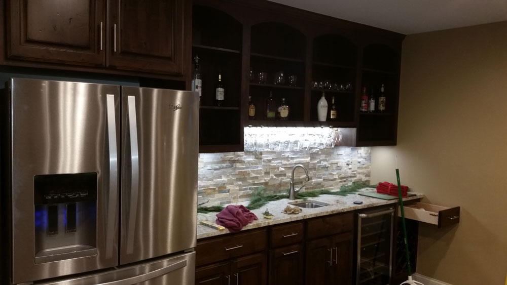 fridge_in_kitchen_of_custom_home_builders.jpg