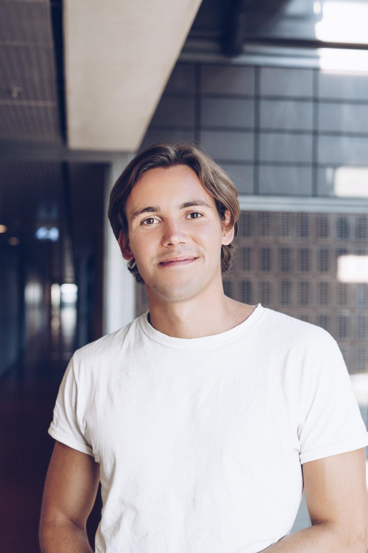 Rasmus Grand Berthelsen - LinkedIn   Mail