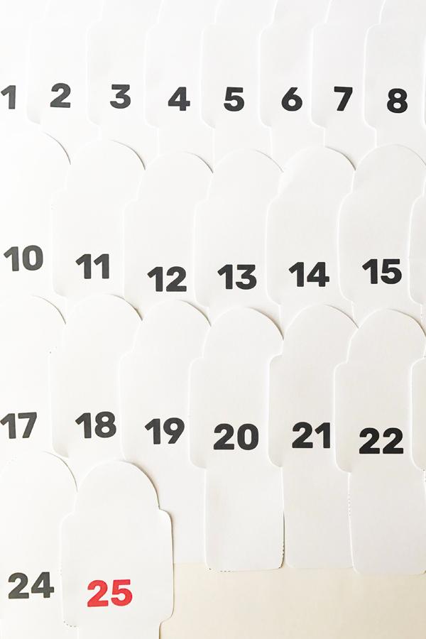 04_free_printable_advent_calendar_so_many_hoorays.jpg