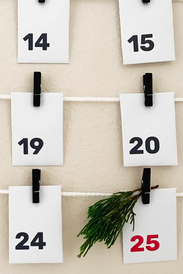 01_free_printable_advent_calendar_so_many_hoorays.jpg