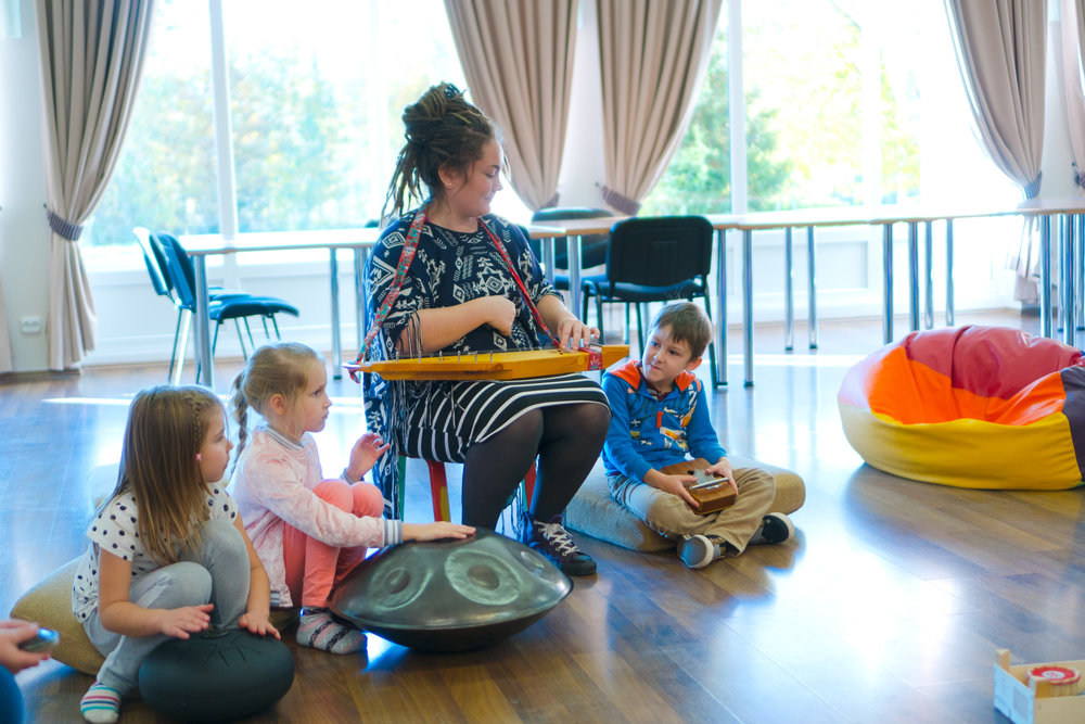 THE SOUND IS BEAUTIFUL no matter what. Handpans never make random noise, everything that you create is pretty and soothing. And that's why it's easy to start CO-CREATING music also with other instruments and other people. 2 children can either play on one handpan and learn to be mindful of each other, keep the rhythm and allow the other to go for the melody or you can add tongue-drums, kalimbas, strings, pianos or other instruments to the equation. All in all, it's a seamless, fun and practical way to learn cooperation and later expand this skill also to other fields of life.