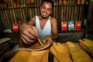 One of Lendhand's many entrepreneurs