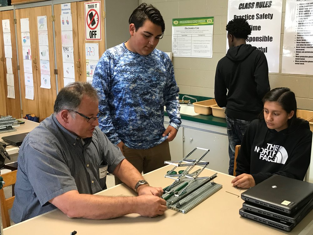 Students create scissor lifts with a mentor